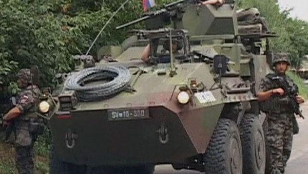 Солдаты НАТО не решились разрушать баррикады сербов