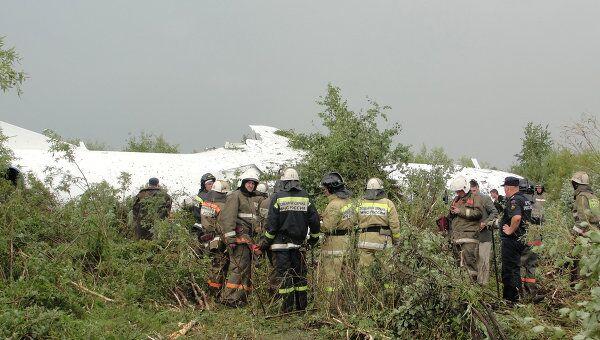 Пассажирский самолет Ан-24 совершил аварийную посадку в аэропорту Благовещенска