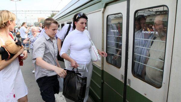 Задержки электропоездов в Горьковском направлении из-за плановых путевых работ. Архив
