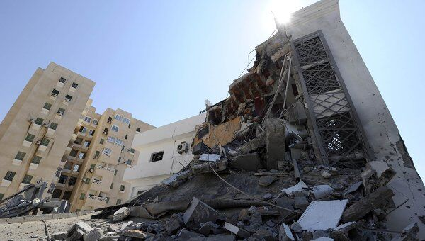 Последствия авиаудара НАТО по Триполи. Архив