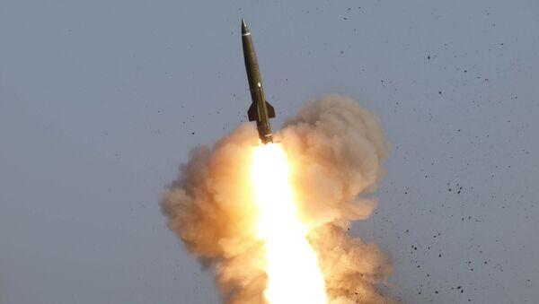 Боевой пуск ракеты Точка-У. Архивное фото
