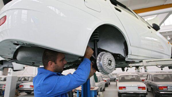 Первый экспериментальный выпуск автомобилей марки Лада Приора сошел с конвейера автосборочного предприятия Чеченавто