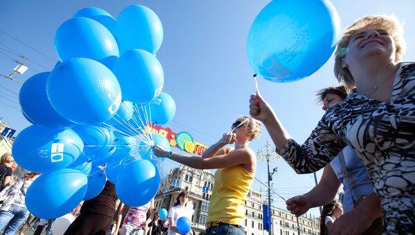 Нижегородцы намерены сделать самую длинную в мире гирлянду шаров