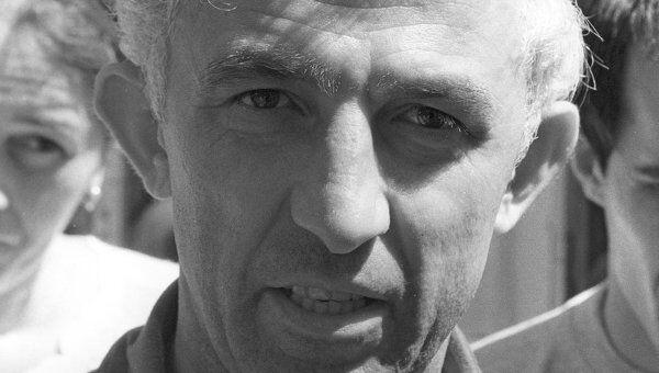 Начальник штаба дудаевских военных формирований Аслан Масхадов