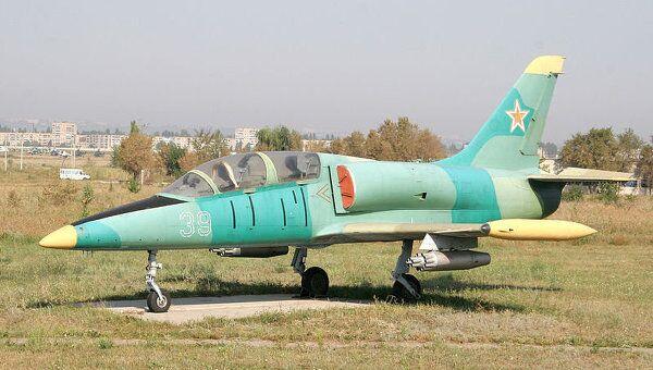 Учебно-боевой самолет ВВС Литвы L-39. Архивное фото