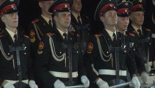 Шоу военных оркестров на Красной площади. Видео с репетиции Спасской башни