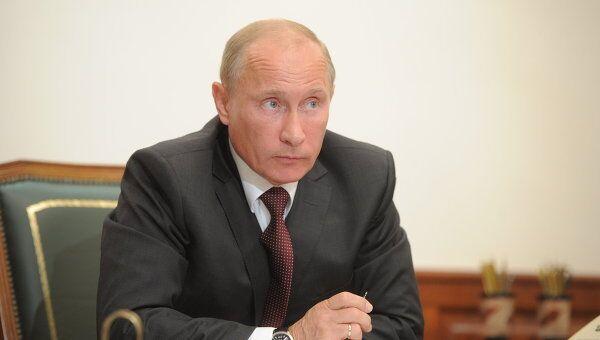 Премьер-министр РФ В.Путиню. Архив