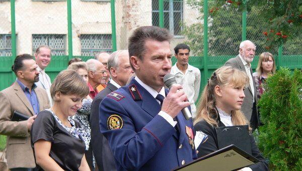 Торжественная линейка в Костроме с награждением детей-героев, спасших деревню от пожара