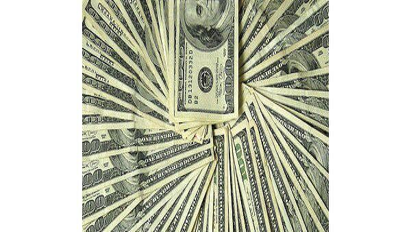 Вывоз наличной валюты из РФ в мае достиг исторического максимума