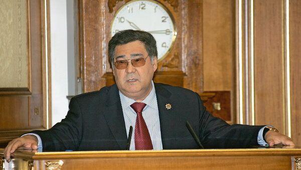 А. Тулеев на заседании правительства