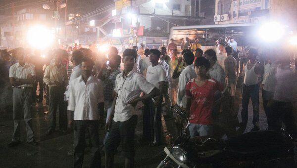 Последствия землетрясения в индийском городе Патна
