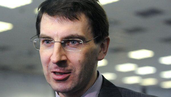 Щеголев предложил РСС привести тарифы на роуминг к единообразию