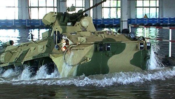 БТР-82А способен держаться на плаву и поражать цели на полном ходу
