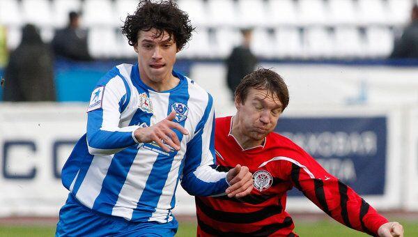 Игровой момент матча Волга - Амкар