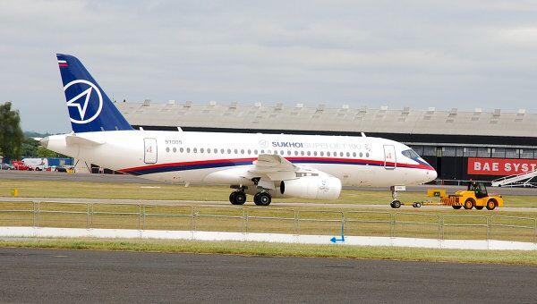 Сухой имеет 131 твердый контракт на Superjet 100, заявил Присяжнюк