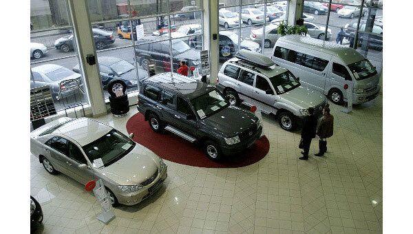 Автодилеры на фоне кризиса вернулись к недобросовестной практике бизнеса времен 90-х