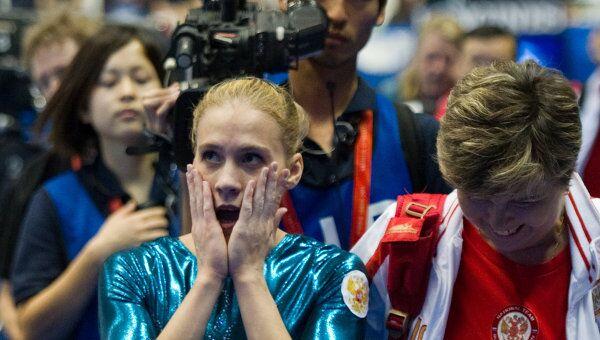 Ксения Афанасьева Марина Назарова (слева направо)