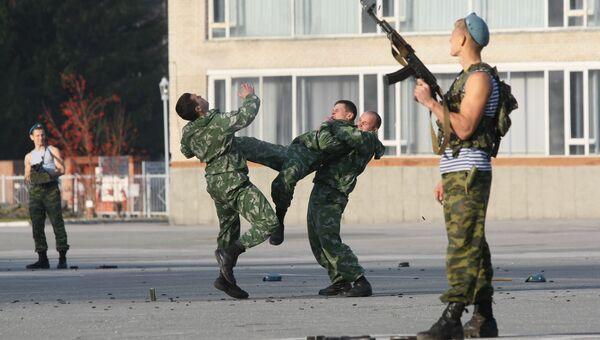 Занятия в Новосибирском высшем военном командном училище