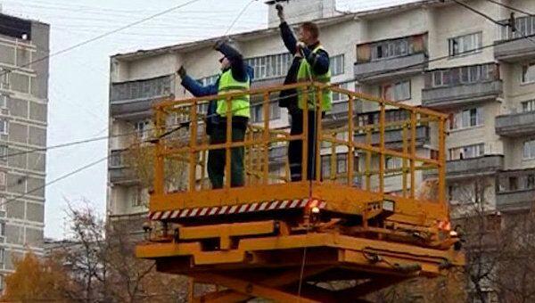 Обрыв троллейбусных проводов стал причиной серьезного затора в Москве