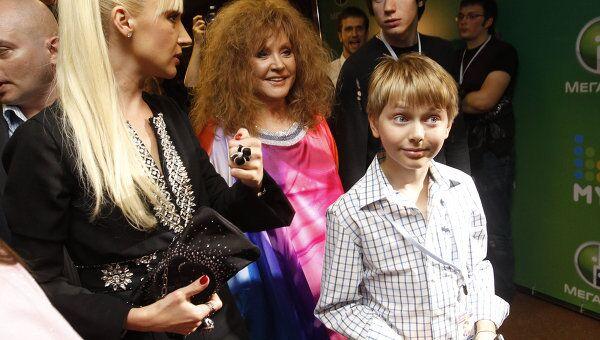 Кристина Орбакайте, Алла Пугачева и сын Кристины Дени Байсаров, архивное фото
