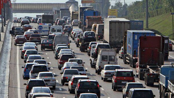 Движение по Симферопольскому шоссе сильно затруднено из-за ДТП