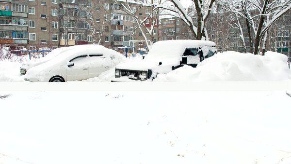 Последствия снегопада. Архив
