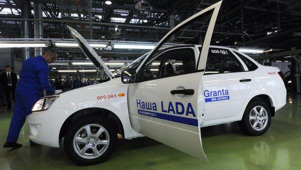 Цех сборки автомобилей Лада Гранта на заводе ОАО АвтоВАЗ.