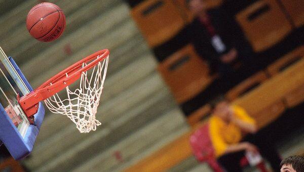 Соревнования по баскетболу. Архивное фото
