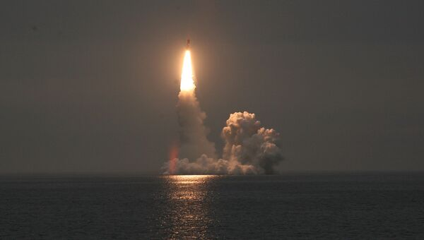 Пуск баллистической ракеты, архивное фото