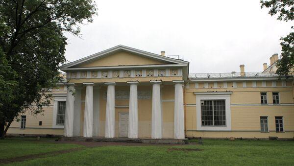 Литейный двор Российской академии художеств. Архивное фото
