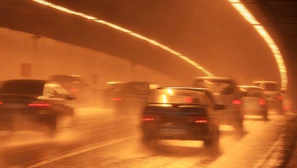 На дороге в Москве, архивное фото