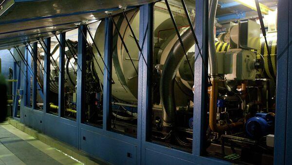 Запуск газотурбинной установки ТГК-11 на ТЭЦ-1 в Томске, архивное фото