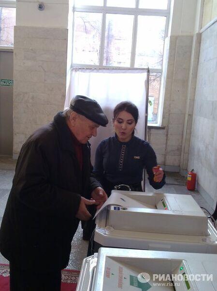 Выборы депутатов Государственной Думы РФ шестого созыва на избирательном участке в Махачкале