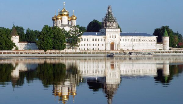 Ипатьевский монастырь -колыбель дома Романовых, XIII в