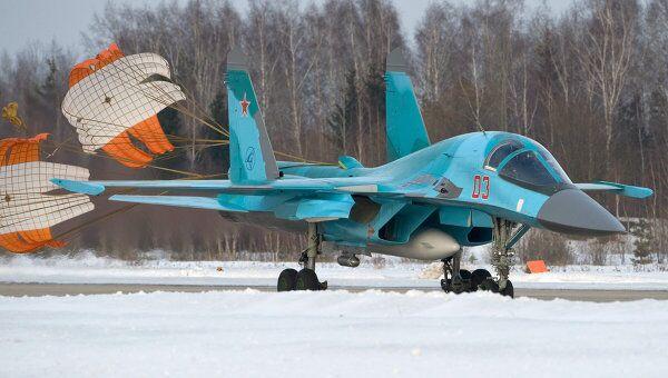 Истребитель-бомбардировщик Су-34, на котором совершил полет президент России Дмитрий Медведев. Архив