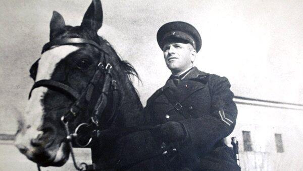 Легендарный  командир кавалерийского корпуса Лев Доватор