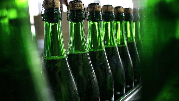 Производство шампанского в 2009 году в России упадет на 15%