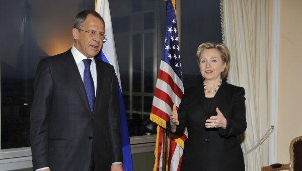 Встреча глав внешнеполитических ведомств России и США Сергея Лаврова и Хиллари Клинтон. Архив