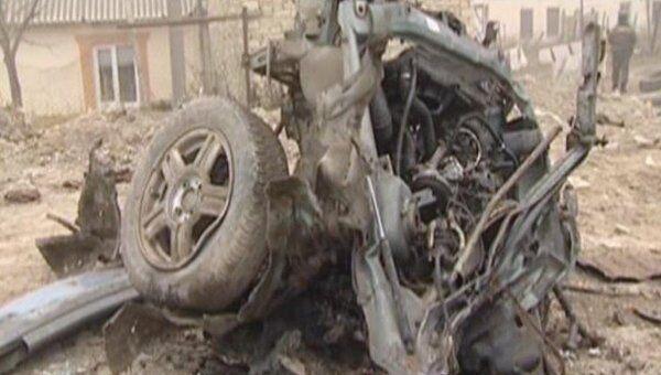 Автомобиль превратился в груду металла после взрыва в Дагестане