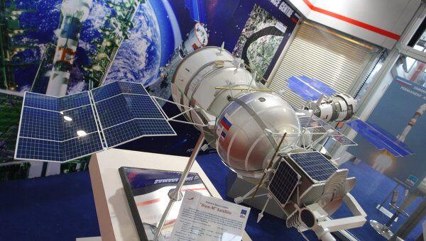 Макет биоспутника Бион-1М. Архив