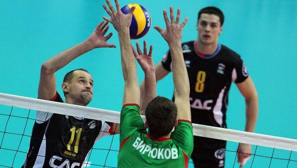 Игровой момент матча Кузбасс - Локомотив (Новосибирск)