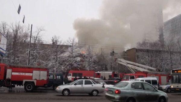 Пожар после взрыва газа в московском ресторане. Видео очевидца