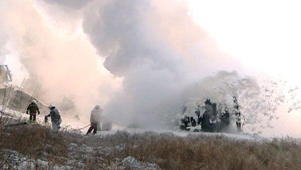 Цистерны с горящей нефтью удалось потушить двумя пенными атаками