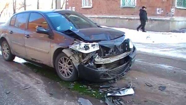 Renault, Daewoo и Десятка столкнулись в Отрадном. Видео с места ДТП