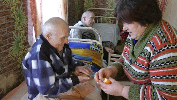 Апельсины и куриный борщ: будни приемной семьи для пенсионеров