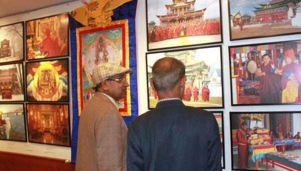 Открытие выставки Буддизм в России в Дели