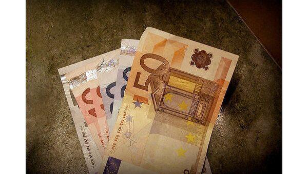 РФ не меняет отношение к евро как к резервной валюте, заявил Путин