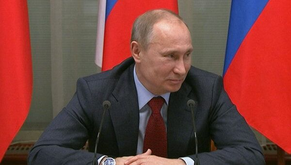 Путин просит организаторов акции 23 февраля согласиться с мэрией Москвы