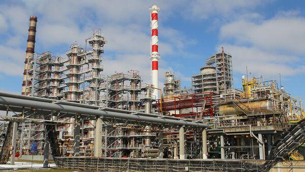 Мозырский нефтеперерабатывающий завод в Белоруссии. Архивное фото