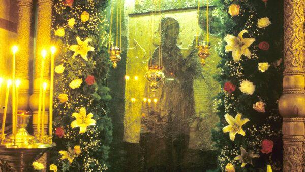 Икона Божией Матери Боголюбская